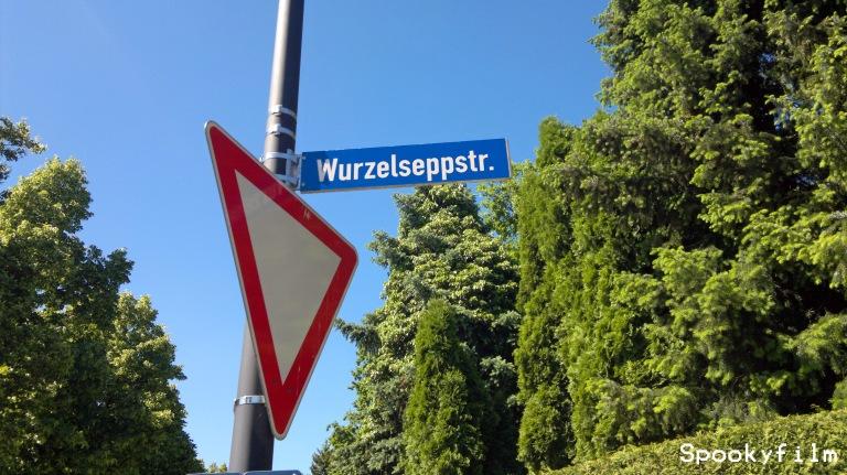 "Wurzelseppstraße in Pullch aka ""Pullerlach"""