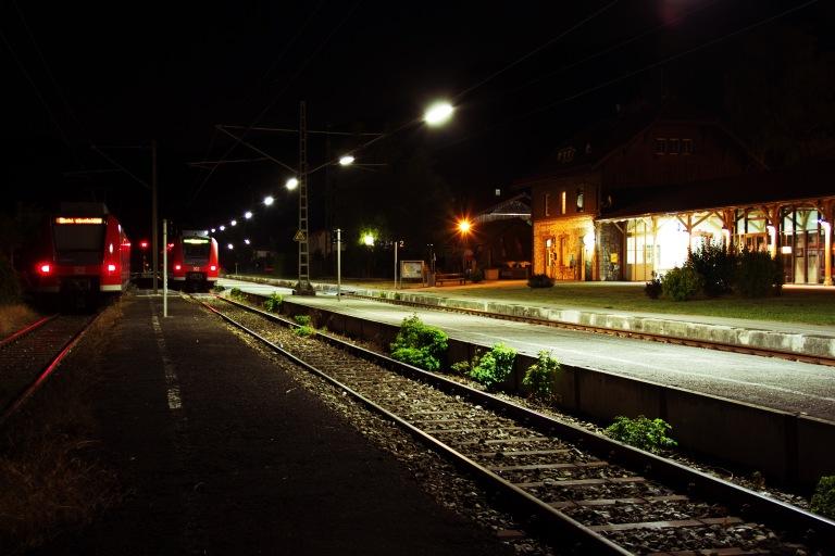 Bahnhof Kochel bei Nacht